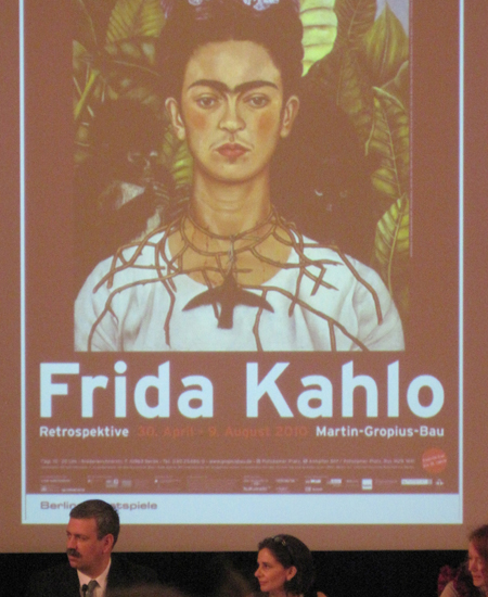 ausstellungs sensation frida kahlo retrospektive im martin gropius bau. Black Bedroom Furniture Sets. Home Design Ideas